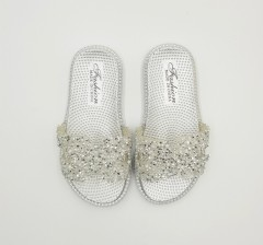FASHION Girls Slippers (SILVER) (24 to 29)