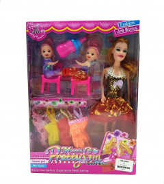 Identical Barbie Doll with Pretty Clothes and Lovely Dolls