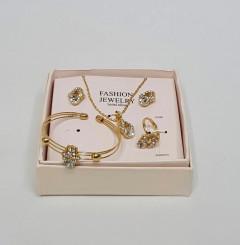 Ladies Necklaces & Bracelet Jewelry  Set